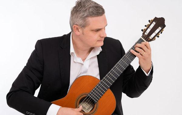 David Zipperle, Gitarrist, Zug