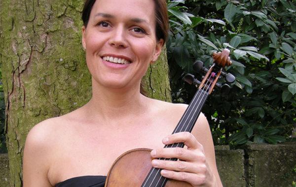 Isabelle Ladewig, Violinlehrerin, Basel